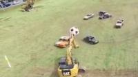 疯狂汽车球赛 挖掘机守门 搞笑足球比赛