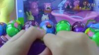 ★奇趣蛋玩具★:87 唐老鸭粉红猪小妹拆奇趣蛋玩具巧克力豆