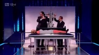 2_Penn__Teller_sawing_georgie_in_half