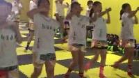 山东淄博桓台郭镇泰拳搏击会馆--青少年女会员肘膝训练