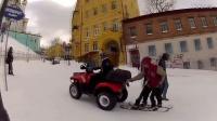 冬天的俄罗斯人都滑雪出门的哟!让你看看战斗民族都是怎么坐地铁的...