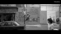 苹果AirPods最新黑白广告《漫步街头》