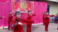 武胜县真静乡中老年舞蹈队演出