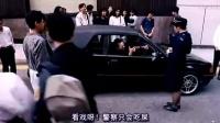香港女交警执法被当街侮辱 接下来的动作让老外都拍手称赞