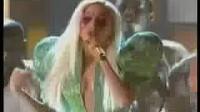 【猴姆独家】第52届格莱美盛典隆重举行 Lady Gaga联手埃尔顿约翰超雷造型震撼开场!