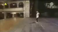 超震撼小女孩舞步 太空步 MJ