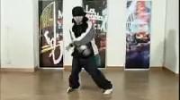 街舞基本舞步  街舞教学六种步法之二-320x240-320x240