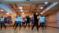 地大舞博爵士舞老师授课中,桂林爵士舞培训