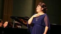 女中音歌唱家杨光演唱《茶山新歌》