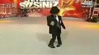 这小孩跳舞绝对超过杰克逊