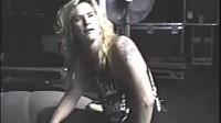 Guns N' Roses - Duff tells a joke