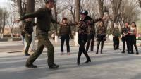 新五套(北京水兵舞)2节🐲张玉龙金琳教跳演示20170304