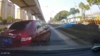 中国交通事故合集20170227:每天10分钟最新的国内事故实例,助你提高安全意识。