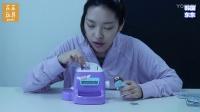 【东东玩具】用神奇的贴纸工厂制作贴纸!
