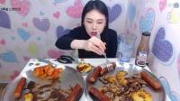 韩国女主播新姐吃播(热狗+烤肉…)直播间2017.3.11