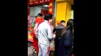 早哈哈南城新店开业爆满:顾客排队买早餐