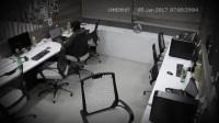 监控器下的灵异 办公室闹鬼