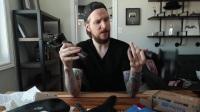 Youtube达人试用新款手持稳定器Smooth-Q,赞不绝口