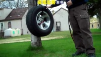汽车轮胎的充气极限,没想到充到爆炸是这个样子