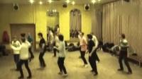 俄罗斯流行的Jumpstyle舞蹈,简直太酷炫。减肥什么的,根本不是事!.flv