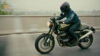 「车型实拍」SWM米兰440复古摩托车动态骑行骑士网实拍