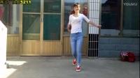 燕子广场舞5211 鬼步舞 8步 歌在飞 简单易学 附分解 四个方向