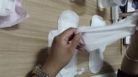 卫生巾实验(绿叶爱生活卫生巾和其他牌子卫生巾的实验对比)