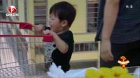 超级育儿师-佑佑逛超市变身好奇宝宝一不顺心就哭闹