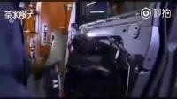 一个视频记录宝马X系列SUV的成产过程