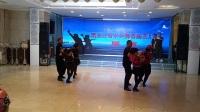 德惠市雪花水兵舞艺术团与葛京老师同台表演!