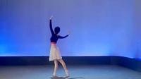 2.表演性舒展形体操《春天的故事》背面