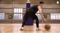背后交叉运球 _ 篮球教学