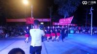 《水兵舞一拖三(雪山阿佳) 表演 团队版》新乡县京华社区舞蹈队_55