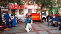 华北社区吕剧团尹华伦演唱冷房日月。