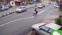 不遵守交通规则害死人了