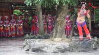 宜州市刘三姐故里情歌节,有情歌对唱。