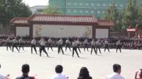 河北外国语学院2017年新生军训汇报之军训教官seve舞步表演