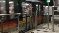 上海地铁5号线502号车银都路站上行出站(闵行开发区站方向)