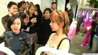 杨紫的近照曝光,真的美成仙女,网友直呼:说好的14斤呢?