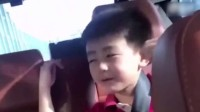 八卦:张柏芝俩儿子唱歌 手舞足蹈画面可爱
