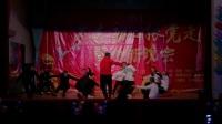 男生集体舞