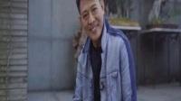 54岁李连杰已老态龙钟,56岁爱妻利智却依旧美艳