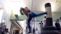 速く鋭い蹴りを放つカンフーの達人。身体能力の高さは必見!