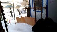 会宁公园坐雪圈