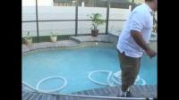 如何使用游泳池自动吸尘器