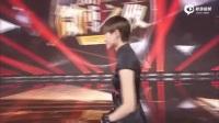 【2017微博之夜】李宇春获得微博年度国际影响力艺人荣誉 - 旗袍搭球鞋