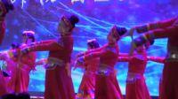 开场群舞《站在草原望北京》