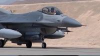 美国战机翱翔蓝天 哪个才是霸主
