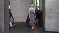 Roland Mouret S/S 2018 Fashion Show