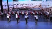 春晚舞台上百人水兵舞的风采